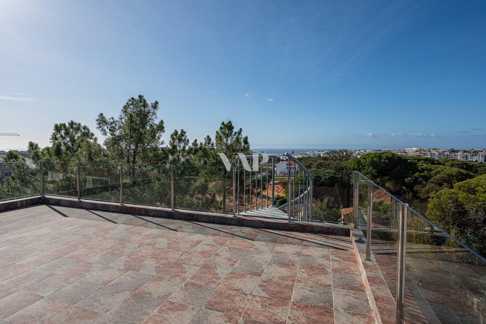 Villa in Olhos de Água, Algarve, Portugal 1