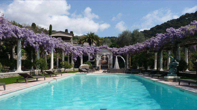 House in Cannes, Provence-Alpes-Côte d'Azur, France 1 - 10573442