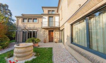 House in Parma, Emilia-Romagna, Italy 1