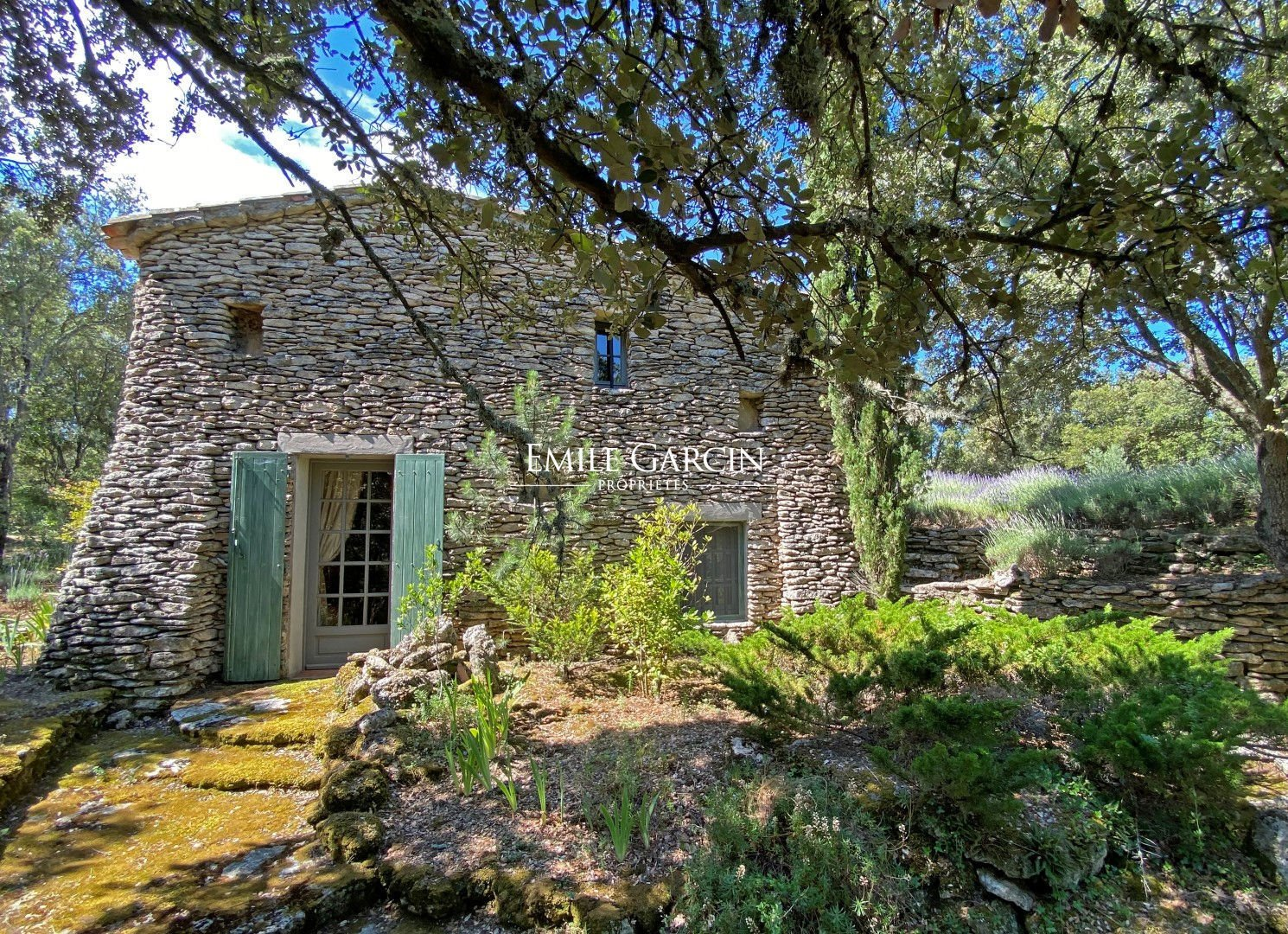 House in Buoux, Provence-Alpes-Côte d'Azur, France 1