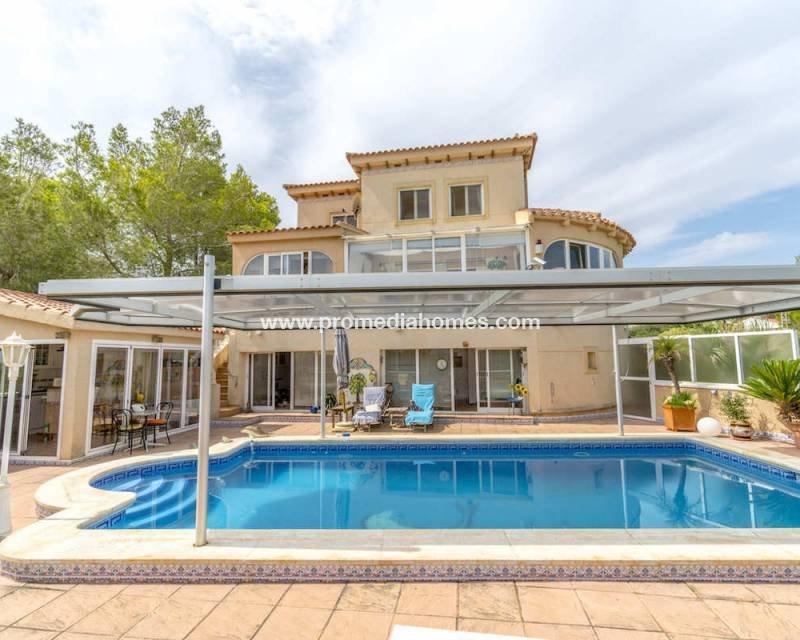 Villa in Pinar de Campoverde, Valencian Community, Spain 1
