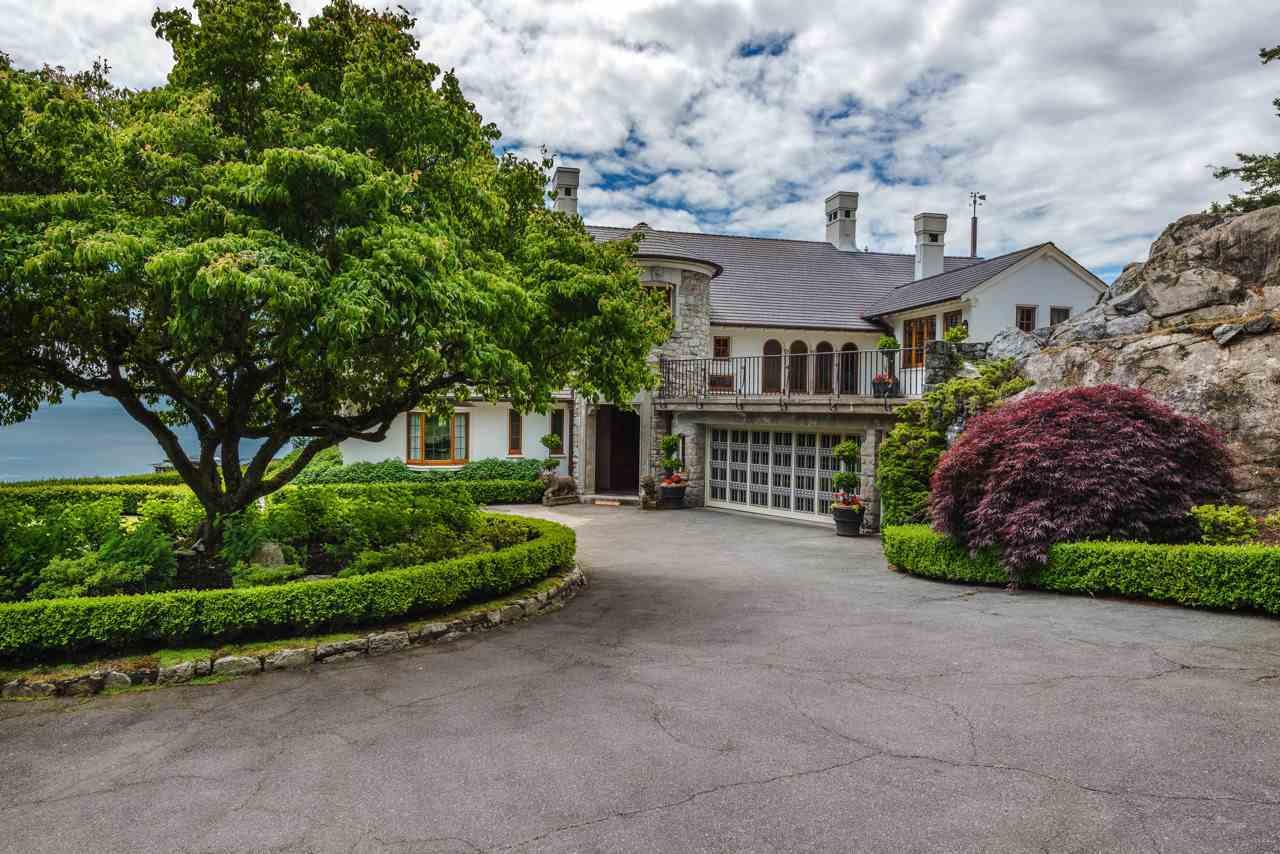 House in West Vancouver, British Columbia, Canada 1 - 10834681