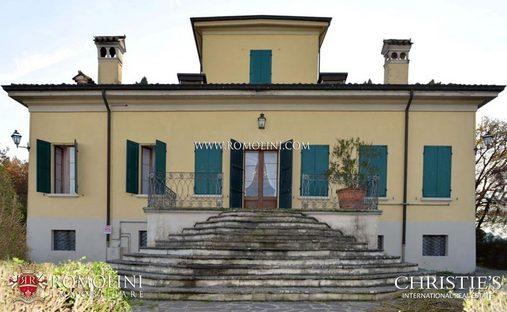 Apartment in Reggio Emilia, Emilia-Romagna, Italy