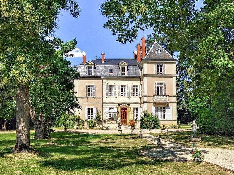 Chateau in Périgueux, Nouvelle-Aquitaine, France 1