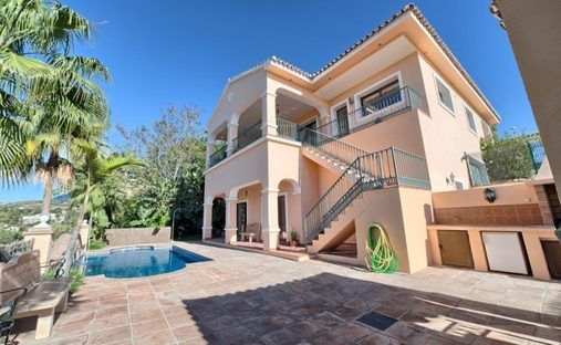Villa in Benahavís, Andalusia, Spain
