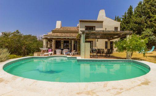 Villa in Estepona, Andalusia, Spain