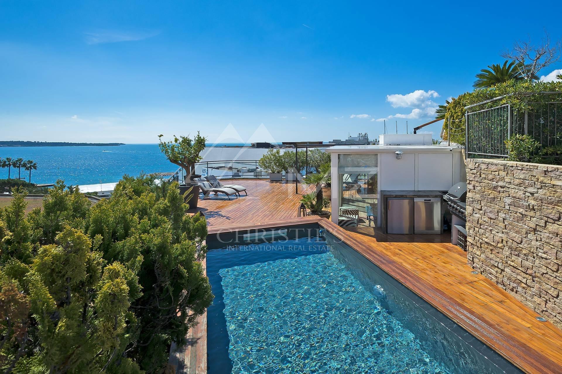 House in Cannes, Provence-Alpes-Côte d'Azur, France 1 - 10651441