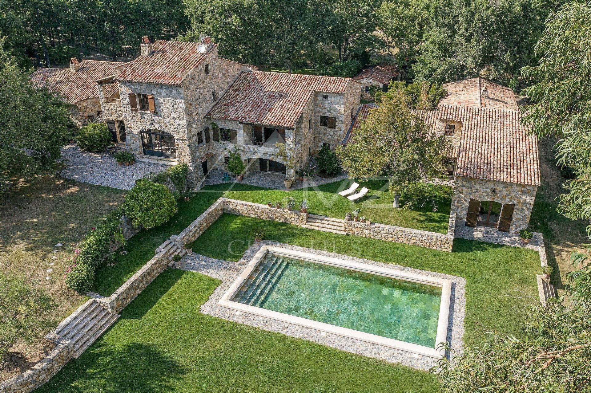 Villa in Fayence, Provence-Alpes-Côte d'Azur, France 1