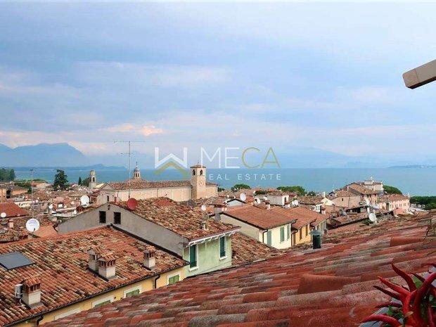 Apartment in Desenzano del Garda, Lombardy, Italy 1