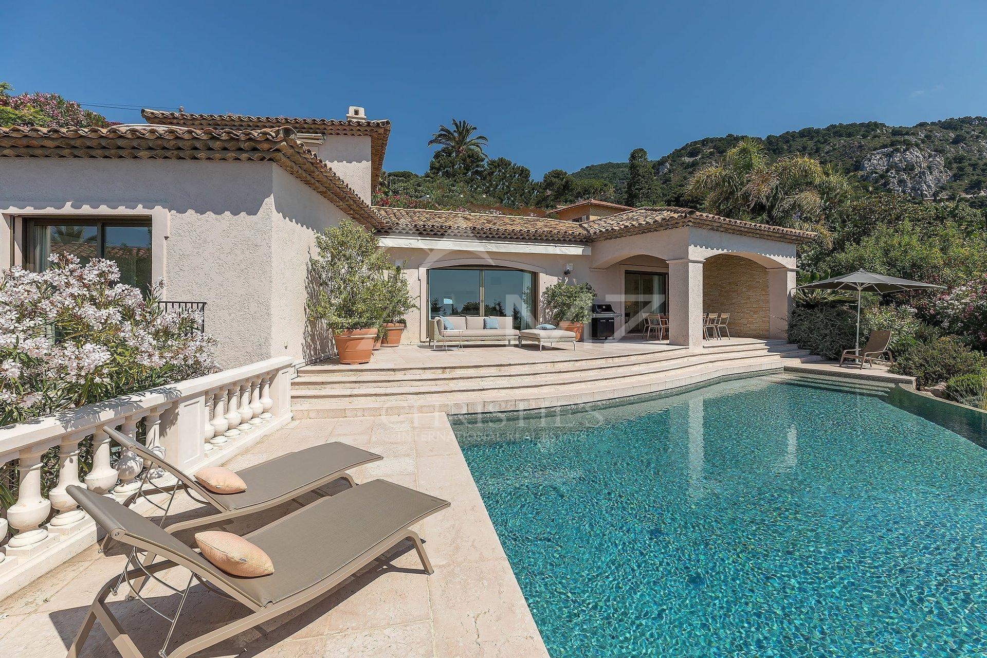 Villa in Villefranche-sur-Mer, Provence-Alpes-Côte d'Azur, France 1 - 11051465