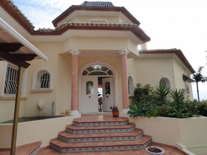 Villa in Altea, Valencian Community, Spain 1