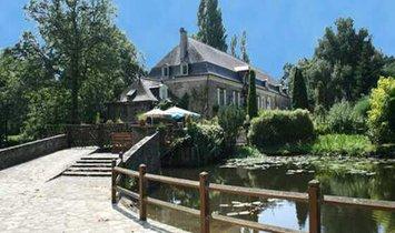 House in Segré-en-Anjou Bleu, Pays de la Loire, France 1