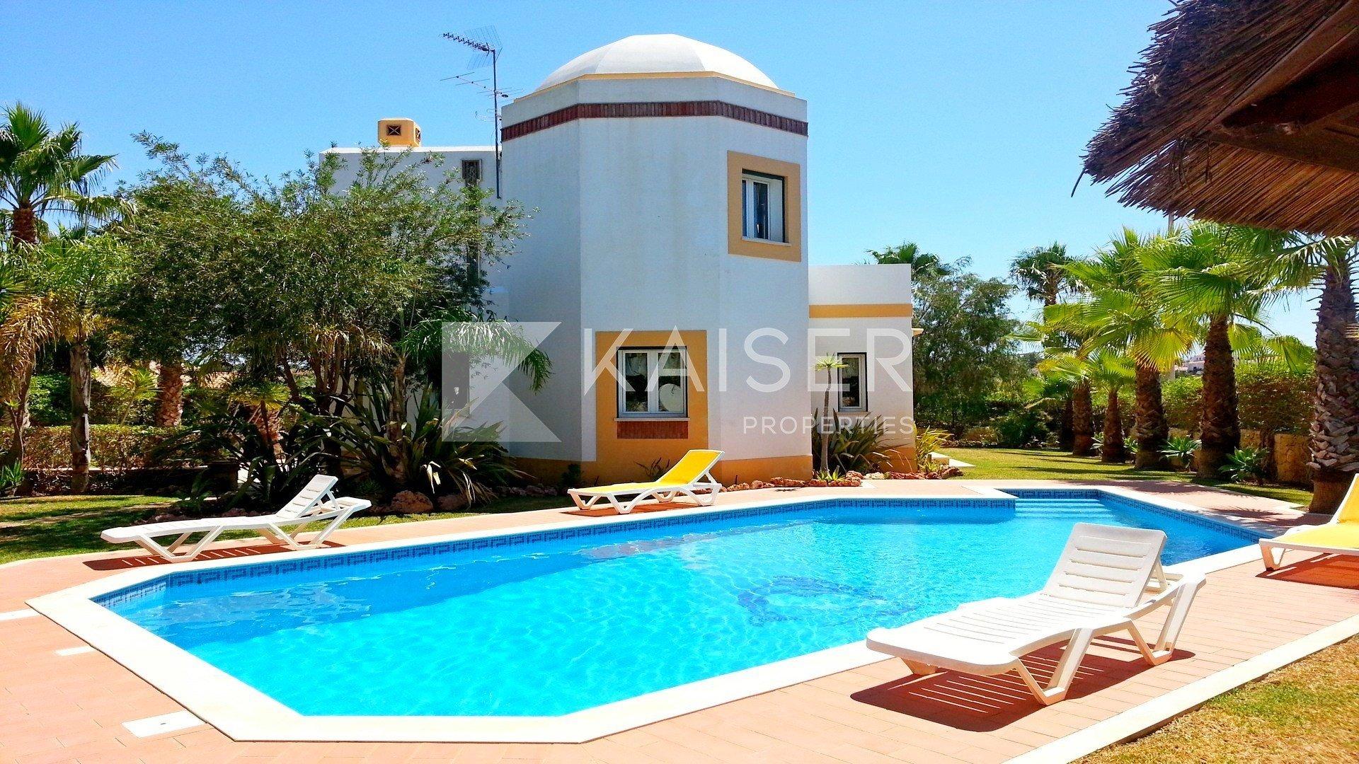 House in Albufeira, Algarve, Portugal 1 - 10611782