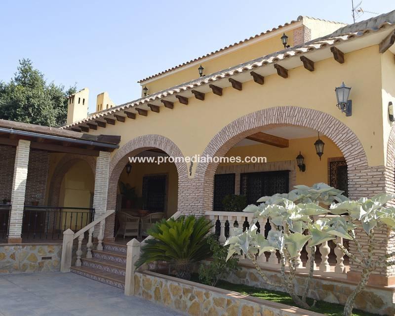 House in Orihuela, Valencian Community, Spain 1