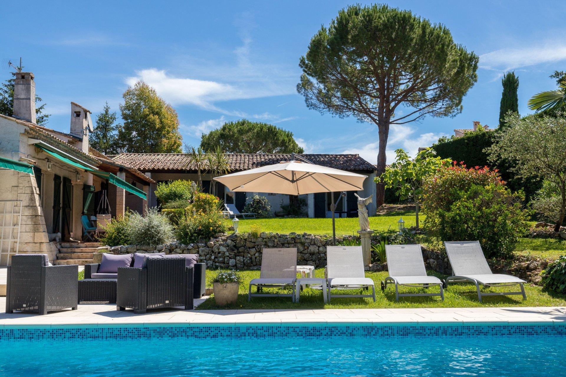 House in Valbonne, Provence-Alpes-Côte d'Azur, France 1