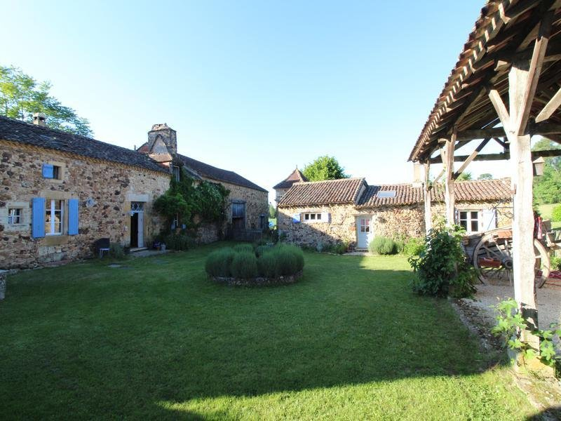 House in Belvès, Nouvelle-Aquitaine, France 1