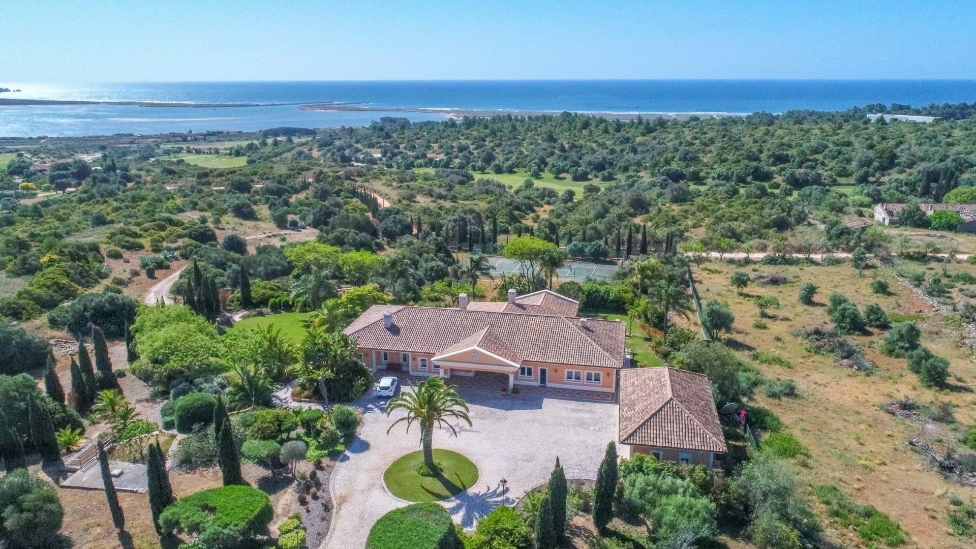 Villa in Lagos, Algarve, Portugal 1 - 10671128