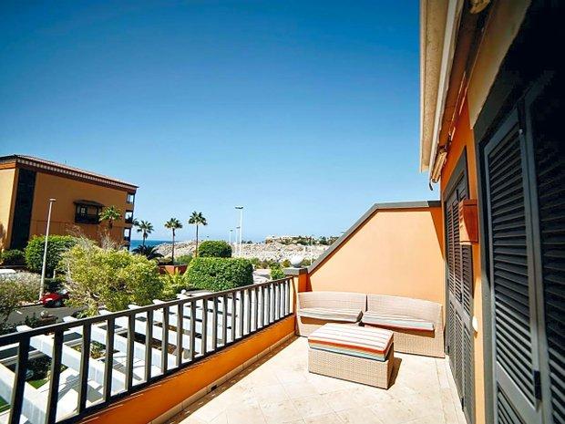 Luxus Villen Mit Balkon Zum Verkaufen In Adeje Kanarische Inseln Spanien Jamesedition