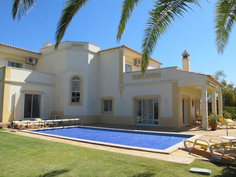 House in Lagoa, Portugal 1
