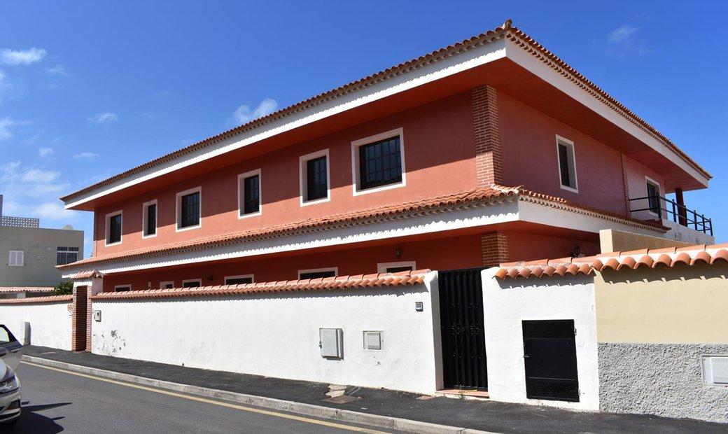 Adeje Villa In Adeje Spain Zum Verkauf 11026561