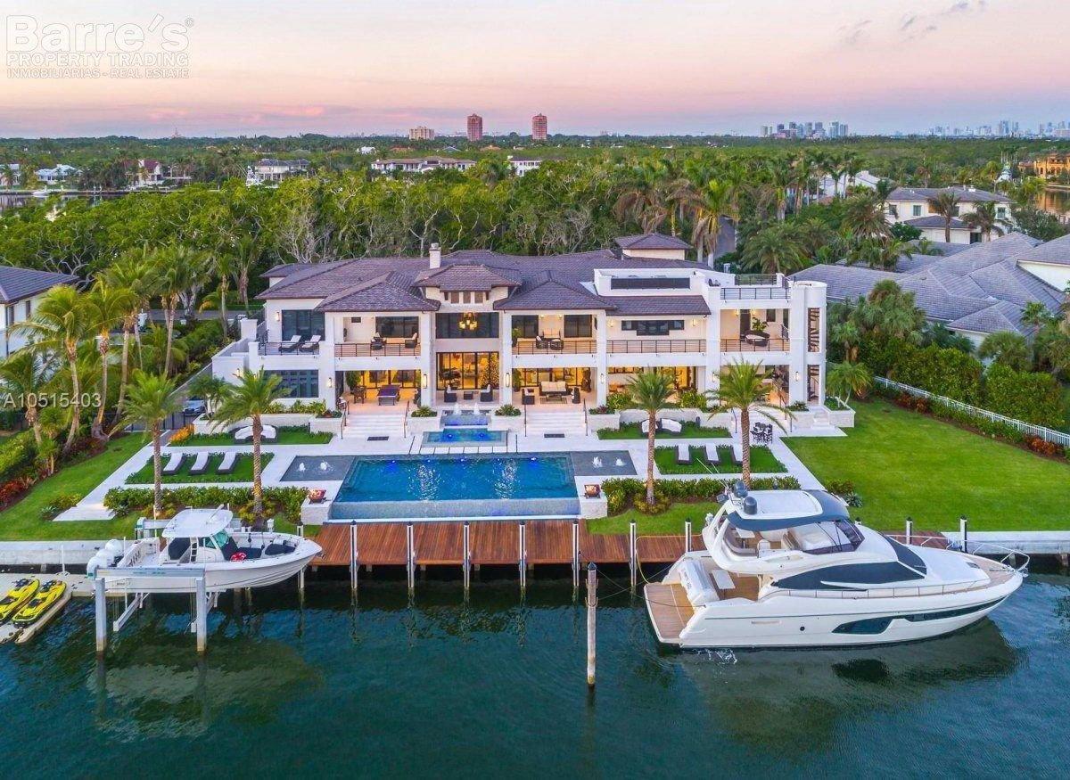 Villa in Coral Gables, Florida, United States 1