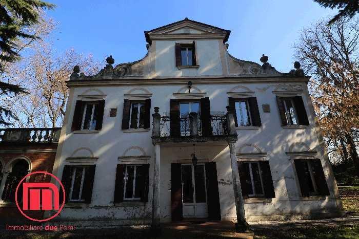 House in Mogliano Veneto, Veneto, Italy 1
