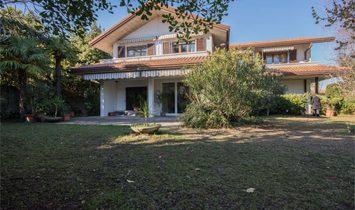 Villa à Desenzano del Garda, Lombardie, Italie 1