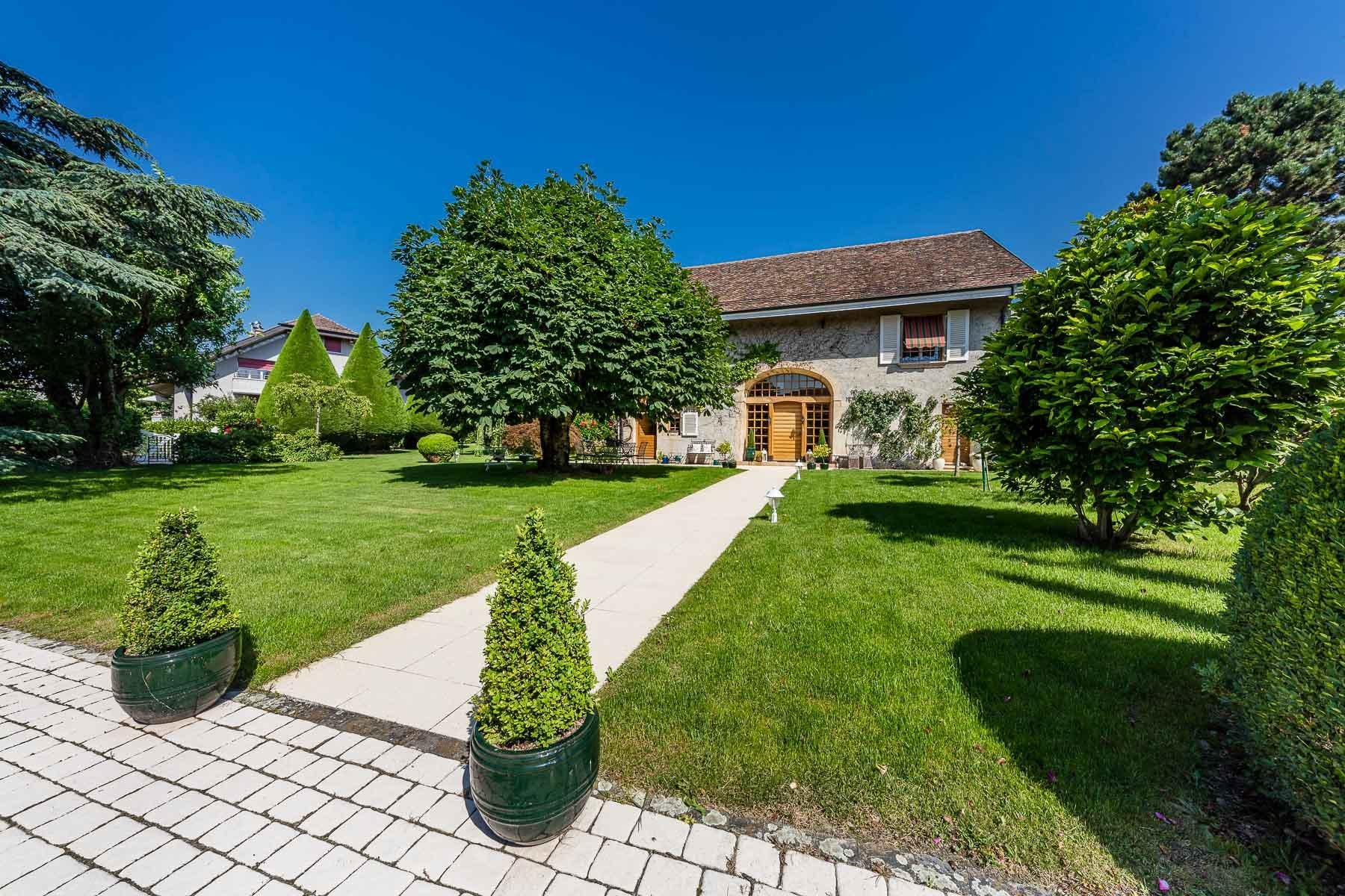 House in Etoy, Vaud, Switzerland 1