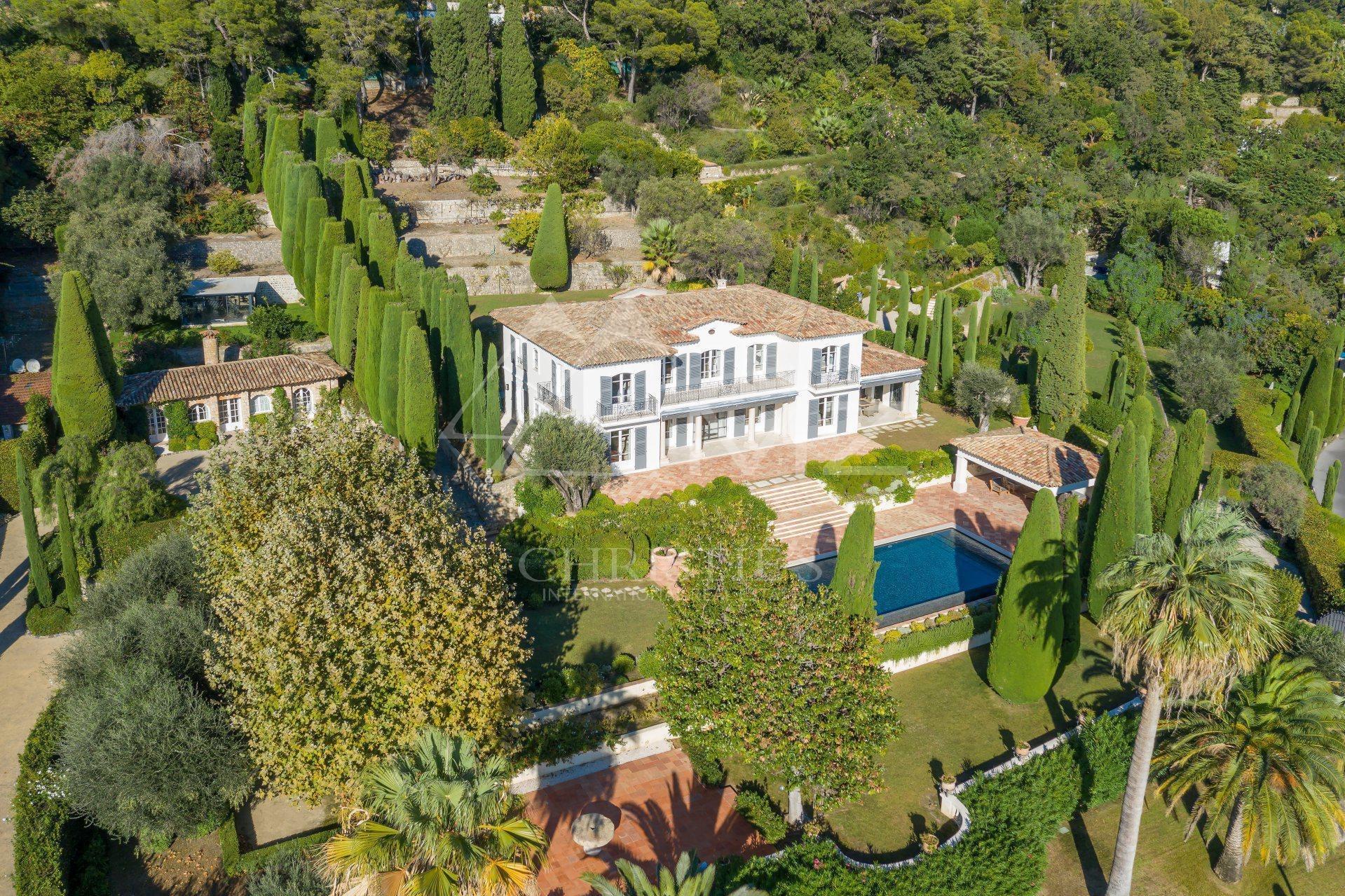 Villa in Cannes, Provence-Alpes-Côte d'Azur, France 1 - 10651418