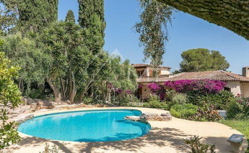 Villa in Biot, Provence-Alpes-Côte d'Azur, France