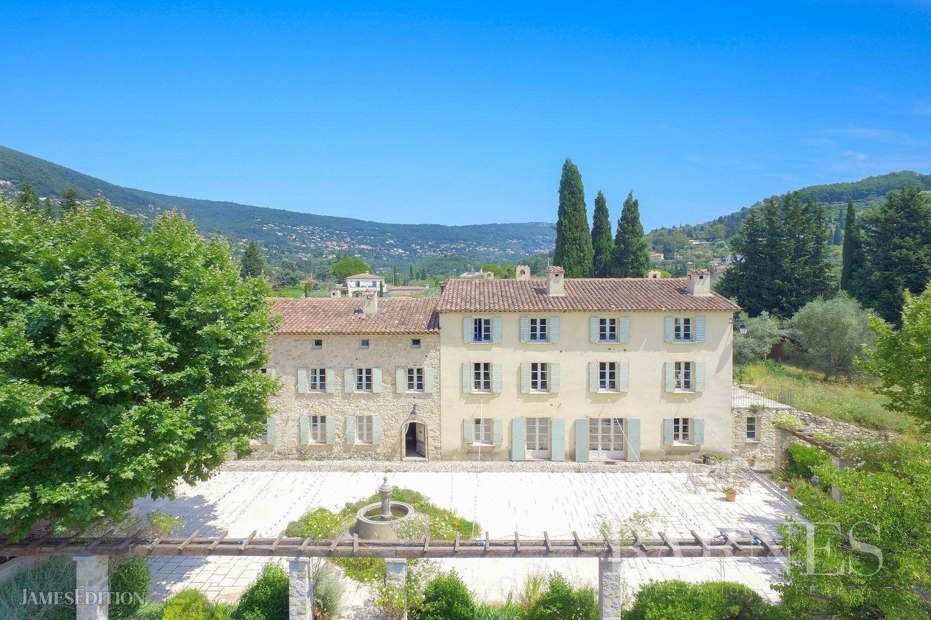 House in Grasse, Provence-Alpes-Côte d'Azur, France 1