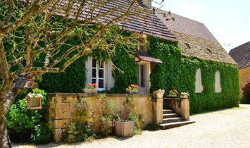 House in Sarlat-la-Canéda, Nouvelle-Aquitaine, France 1
