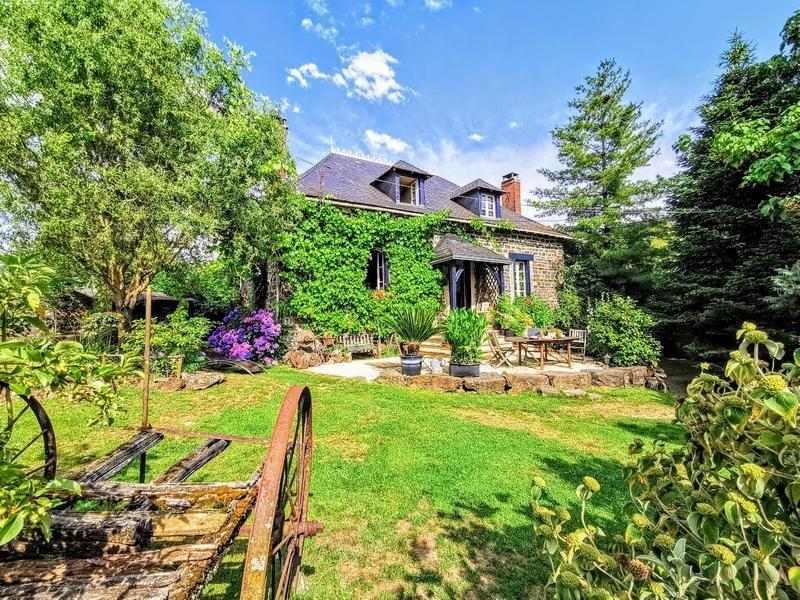 Farm Ranch in Arnac-Pompadour, Nouvelle-Aquitaine, France 1