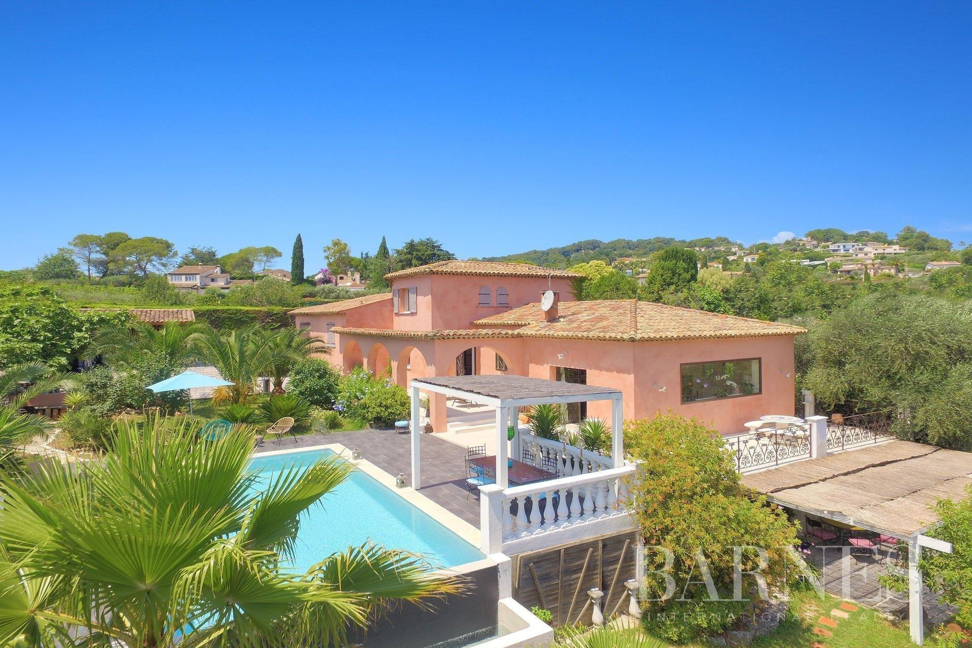 House in Mougins, Provence-Alpes-Côte d'Azur, France 1 - 10988622