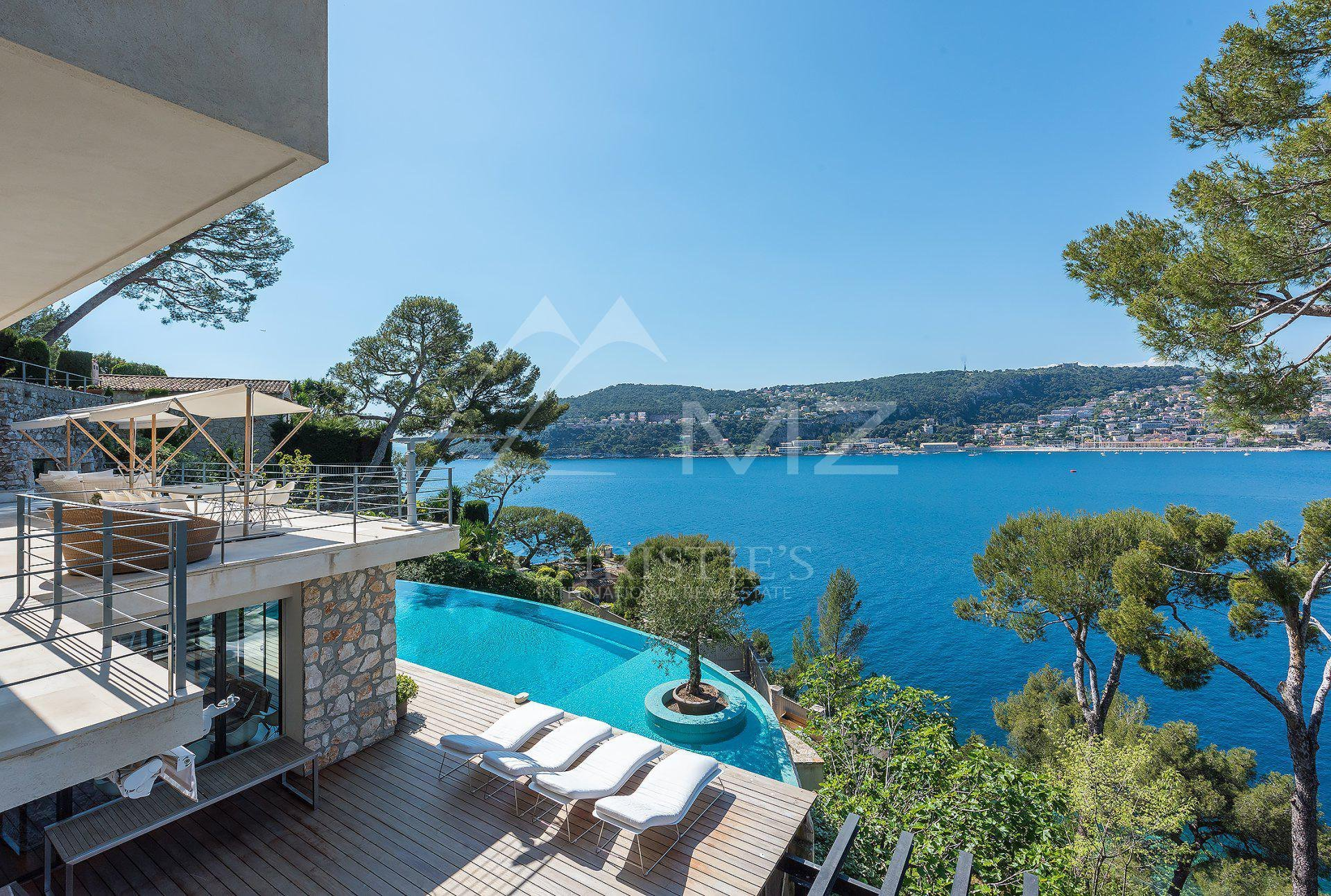 Villa in Saint-Jean-Cap-Ferrat, Provence-Alpes-Côte d'Azur, France 1 - 10762801