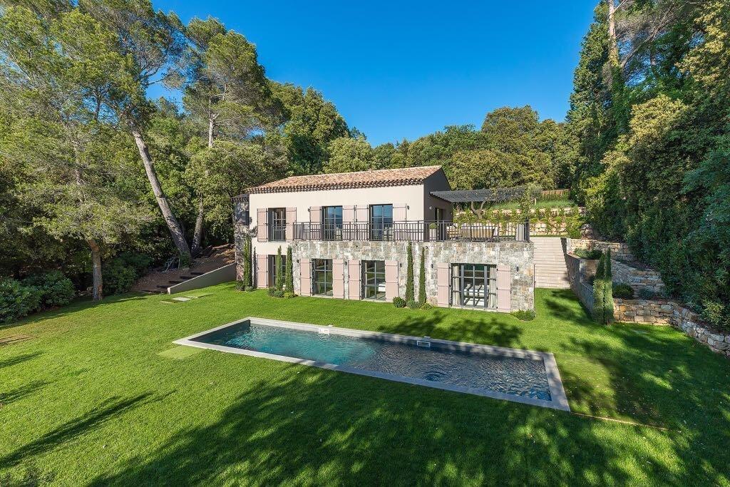 Villa in Mougins, Provence-Alpes-Côte d'Azur, France 1 - 10761441