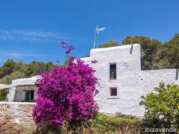 Chalet in Sant Joan de Labritja, Balearic Islands, Spain 1