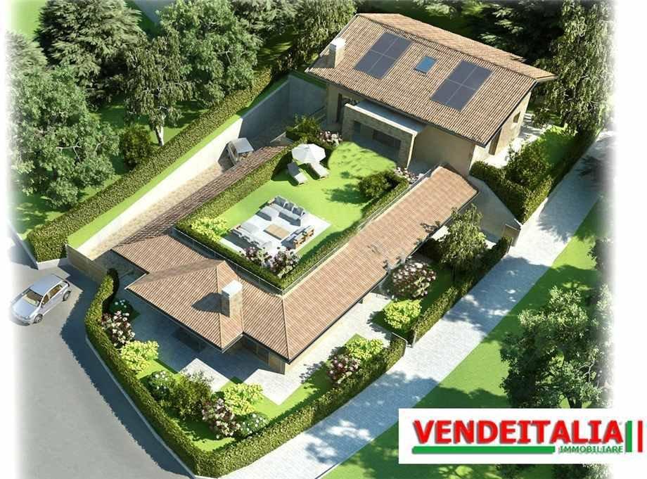 House in Cascina Valle-Stazione di Carimate, Lombardy, Italy 1