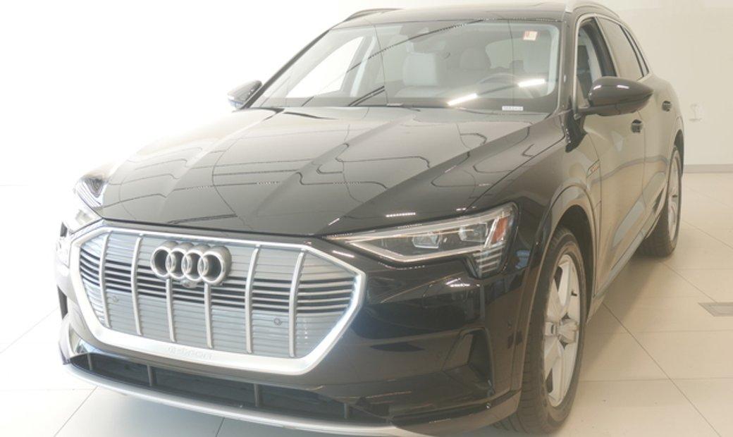 2019 Audi e-tron Premium Plus quattro