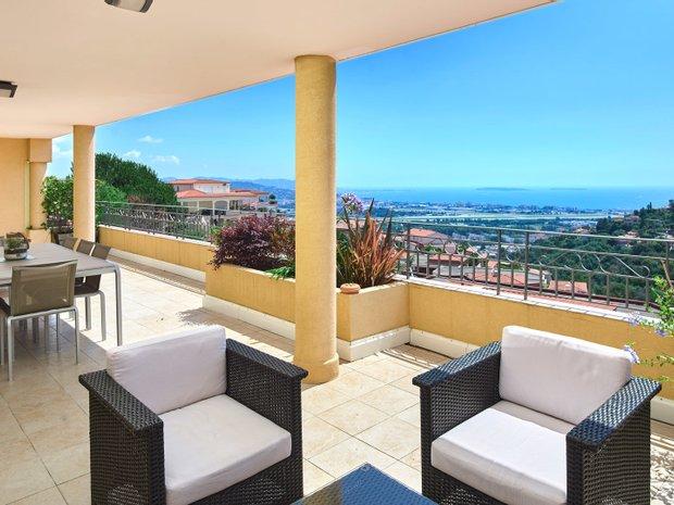 Apartment in Mandelieu-la-Napoule, Provence-Alpes-Côte d'Azur, France 1