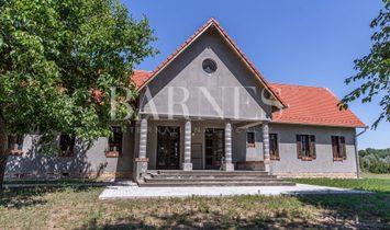 Фермерское ранчо в Ясберень, Яс-Надькун-Сольнок, Венгрия 1