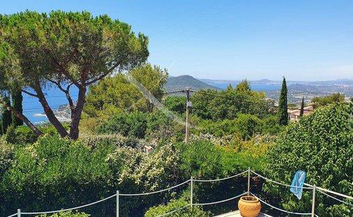 Villa in Carqueiranne, Provence-Alpes-Côte d'Azur, France