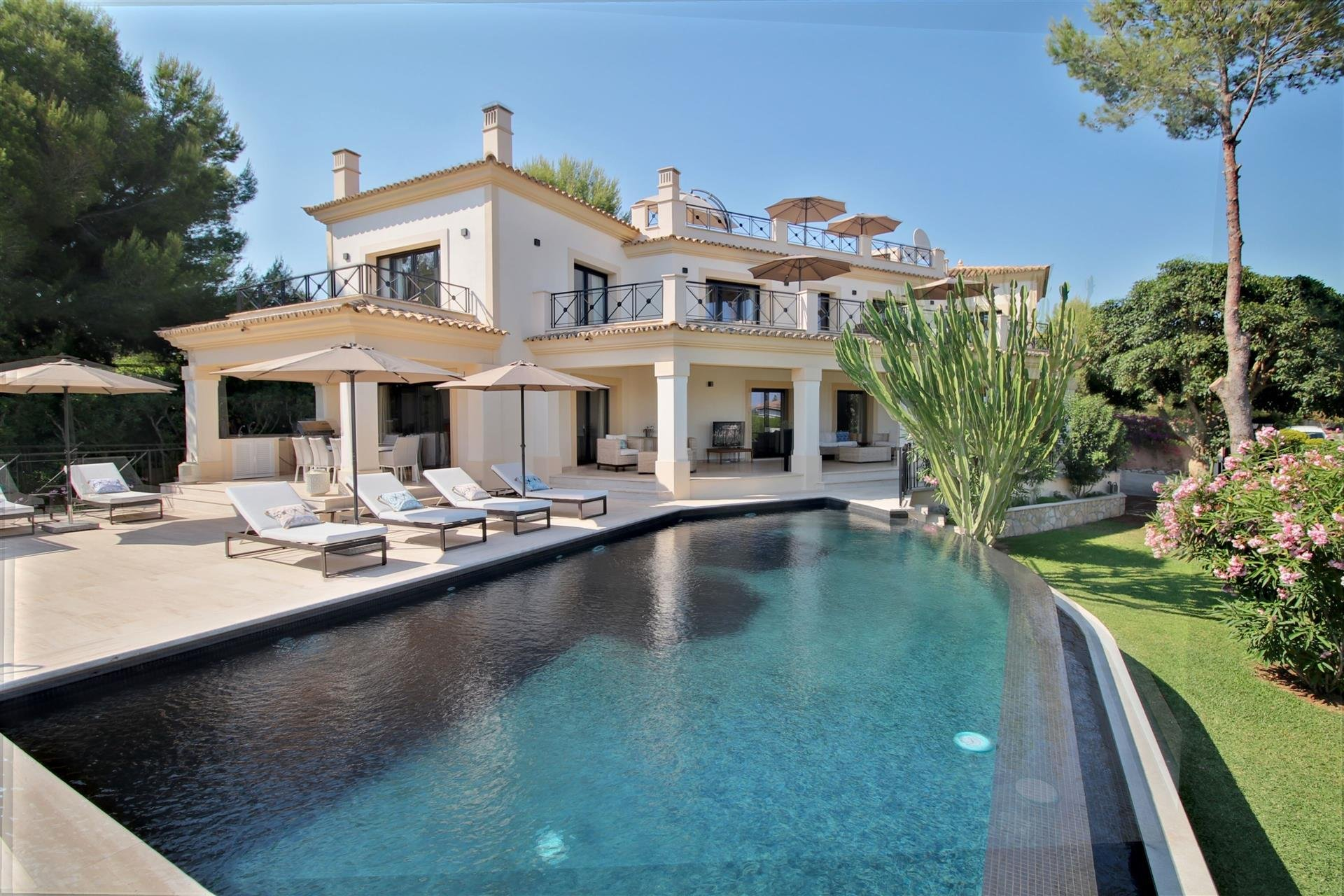 Villa in Calvià, Balearic Islands, Spain 1