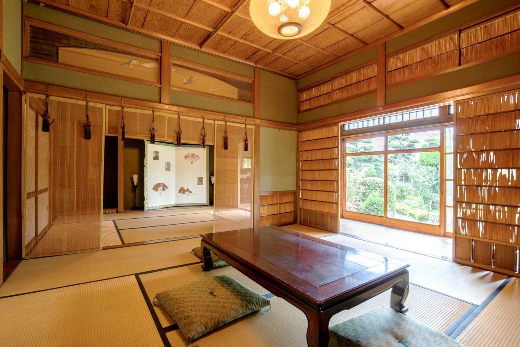 House in 8, Osaka, Japan 1