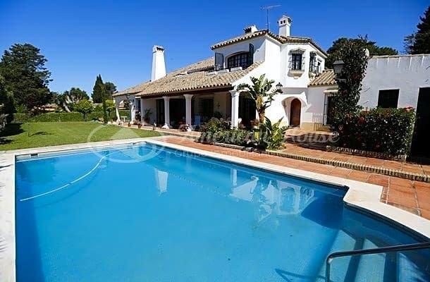 Villa in El Puerto de Santa María, Andalusia, Spain 1 - 10929149