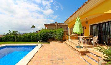 Villa in La Línea de la Concepción, Andalusia, Spain 1