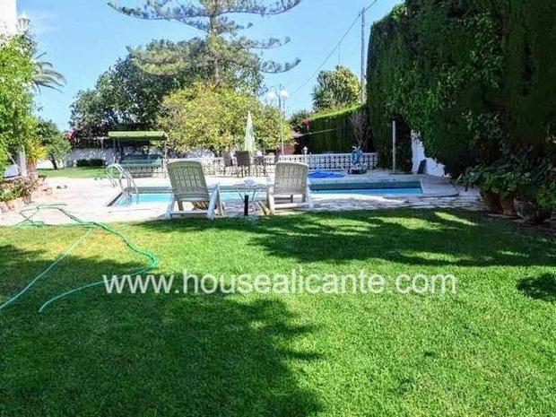 Villa in Sant Joan d'Alacant, Valencian Community, Spain 1