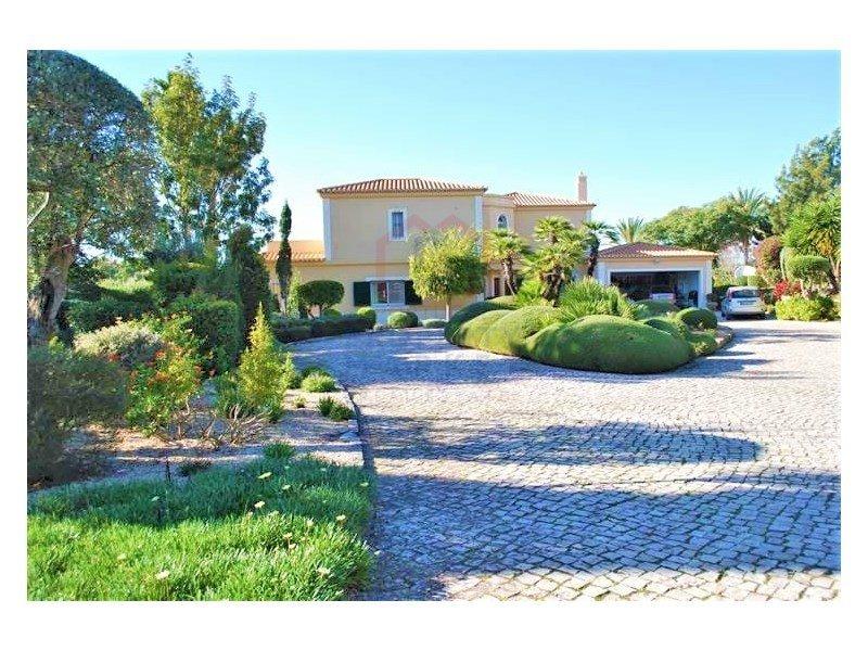 House in Carvoeiro, Algarve, Portugal 1
