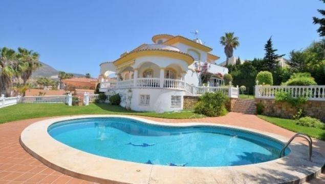Villa in Benalmádena, Andalusia, Spain 1 - 10848100