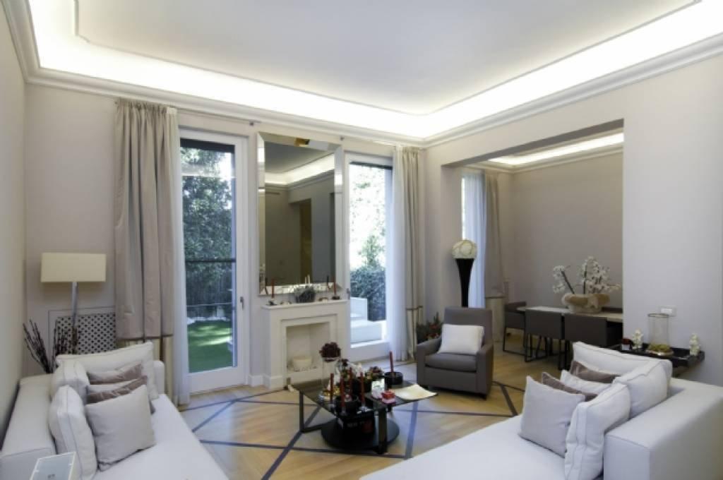 Villa in Milan, Lombardy, Italy 1 - 10755540